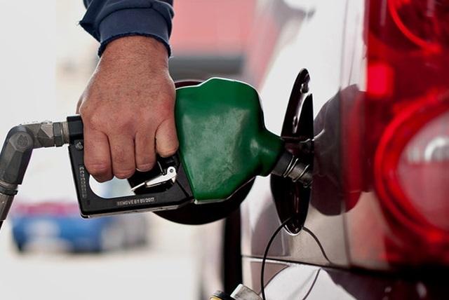 Combustible no subirá más de $5 a la semana