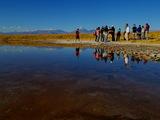 Turistas_en_Laguna_Cejar.JPG
