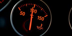 Guía básica para conducir bajo el calor extremo