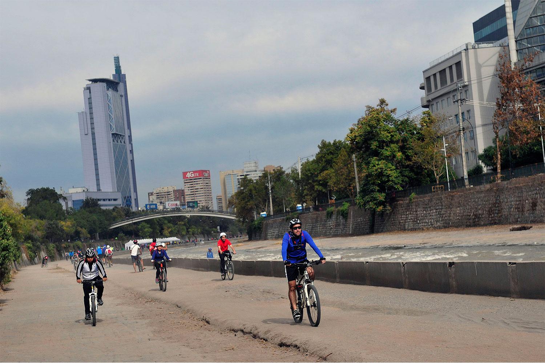 ¡Sal y pedalea por Santiago!
