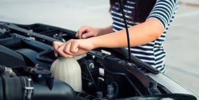 5 líquidos que debe revisar en su automóvil