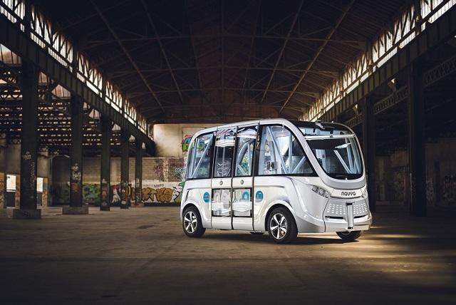 Copec_Industrial-Bus_aut_nomo_Suiza.jpg