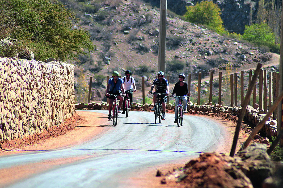 tour en bicicleta alcohuaz